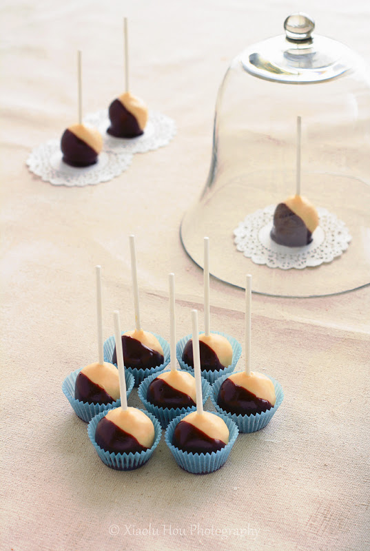 Boston Cream Pie is the official dessert of Boston and this version in a cake pop form is clever and fun!