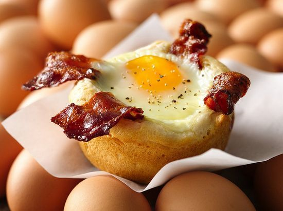 mini bacon, egg and cheese cup : :
