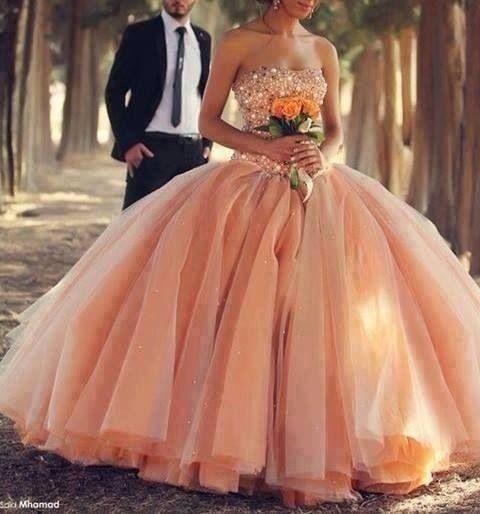 This stunning orange wedding gown is exquisite!