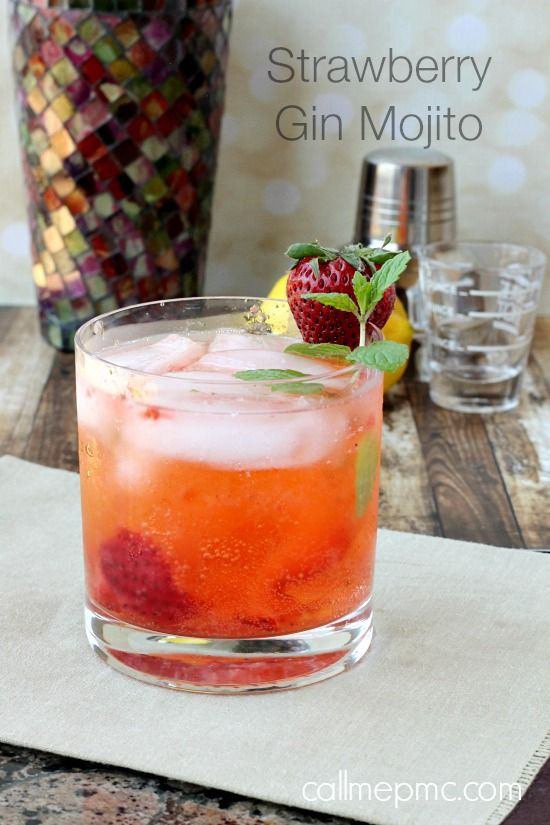 We think this Strawberry Mojito looks so refreshing!