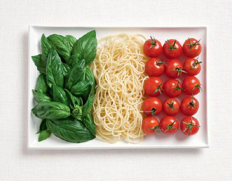 What's not to love about an edible Italian flag? Basil, pasta and tomatoes makes a delicious photo!