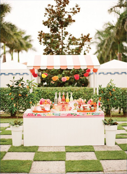 A freshly squeezed juice bar would be perfect for a late morning/brunch wedding!