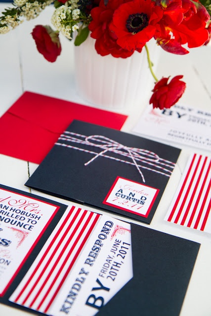 We swoon over this red, white and blue pocket wedding invitation!