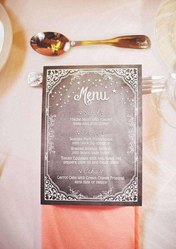 This celestial menu card doesn't have a moon per se, but it looks like there is a sprinkling of moondust on the card with the sweet stars and border!