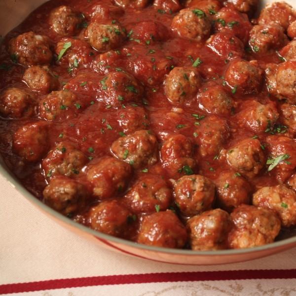 Cocktail Meatballs - These are great to make ahead and then put in a slow cooker to have ready for when guests arrive.