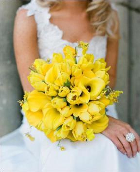 forsythia wedding bouquet.jpg