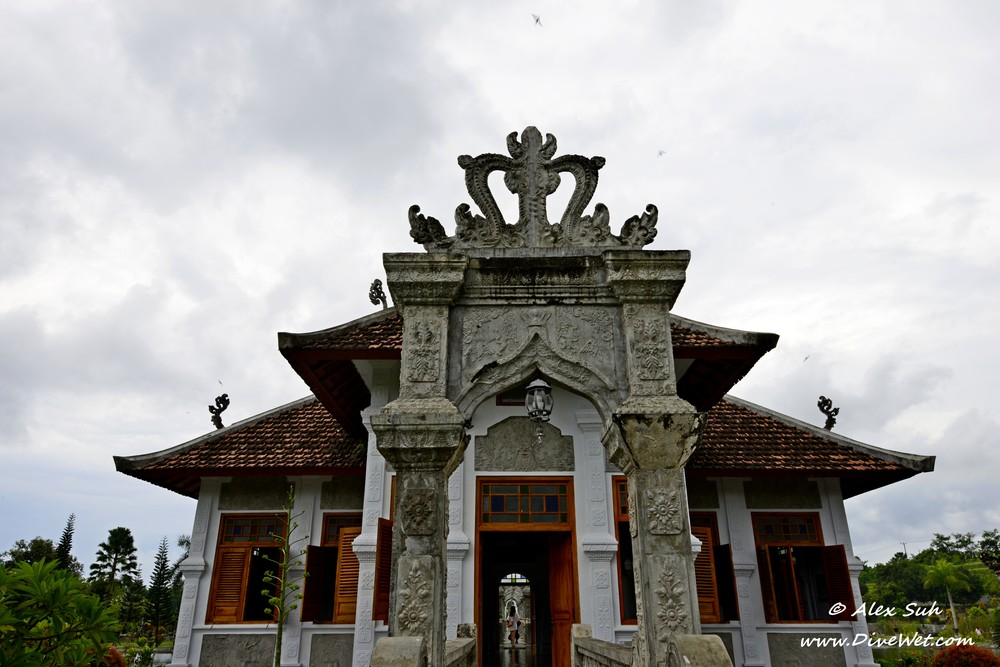 Bali King Water Palace.jpg