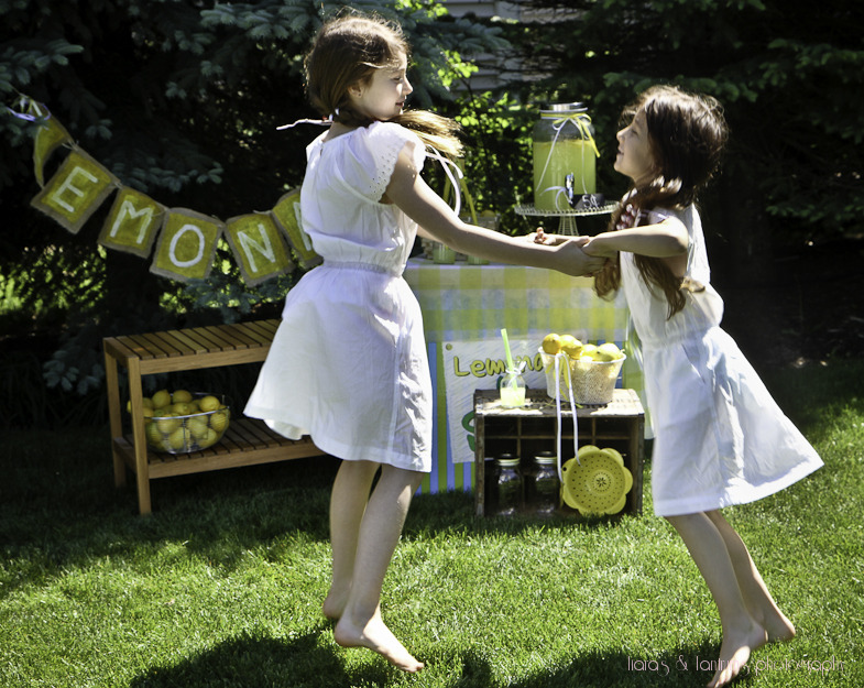 dancingwithlemonade (3 of 1).jpg