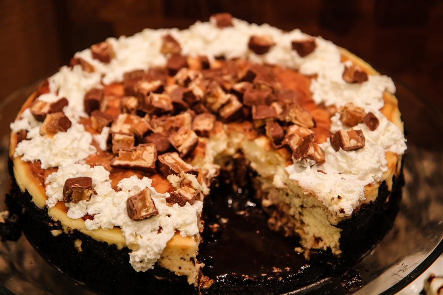 Game Day Snickers Cheesecake Recipe #BigGameDayTreats