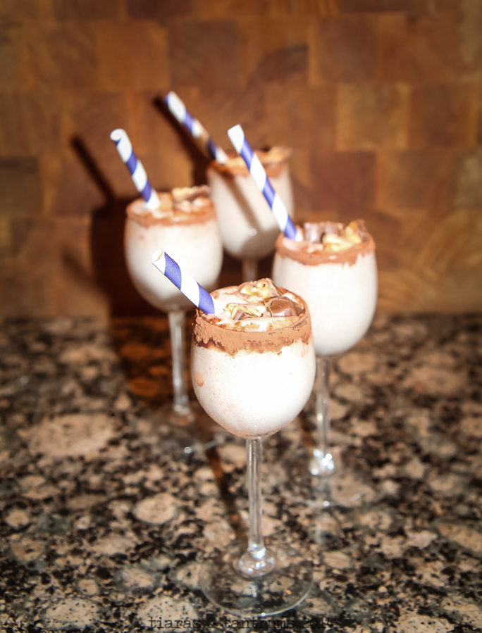 Game Day Snickers Milkshake Recipe #BigGameTreats
