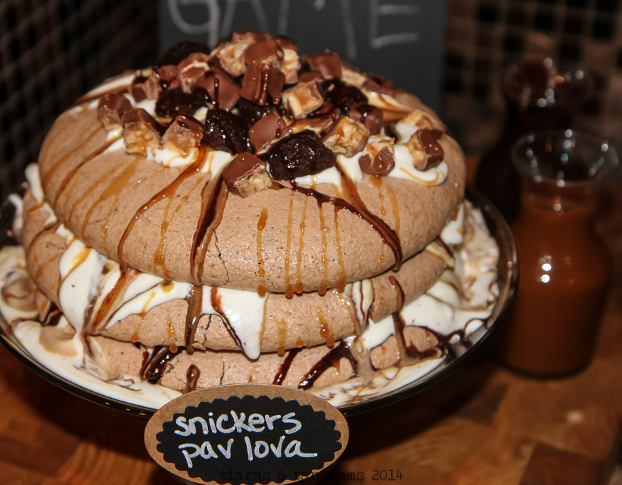 Game Day Snickers Pavlova Recipe #BigGameTreats