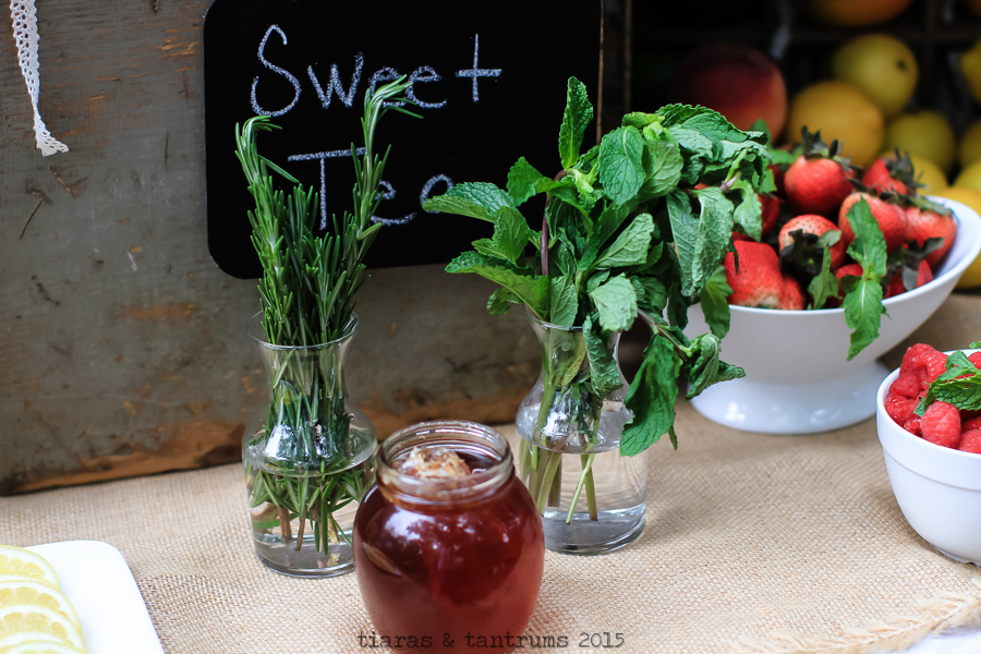 Summer ENTERTAINING with Iced Teas + tips for crafting a great iced tea #MeAndMyTea