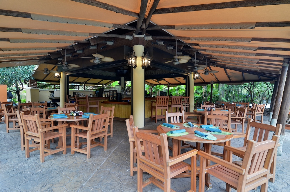 Bula Bar & Grill at Loews Royal Pacific Resort