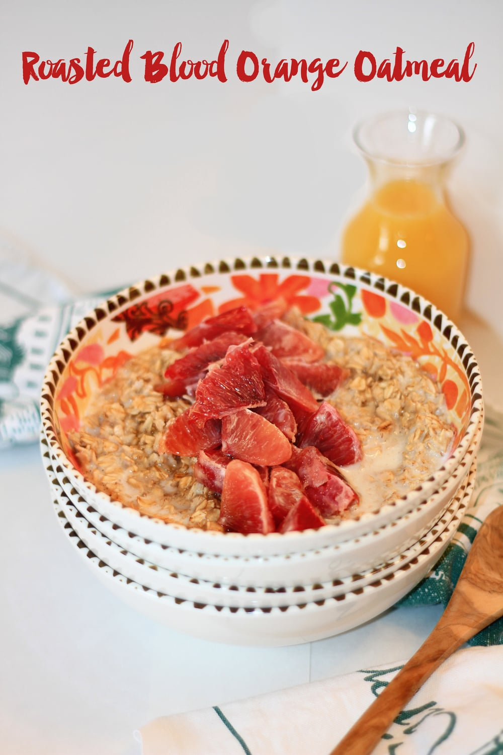 Roasted Blood Orange Oatmeal Warm and hearty breakfasts are a thing of necessity here when the weather begins to dip into the single digits. | http://tiarastantrums.com/blog/roasted-blood-orange-oatmeal #BringYourBestBowl
