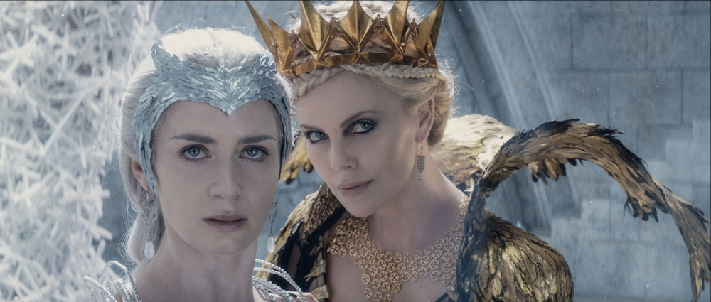 THE HUNTSMAN: WINTER'S WAR | DVD Giveaway #TheHuntsman #WintersWar