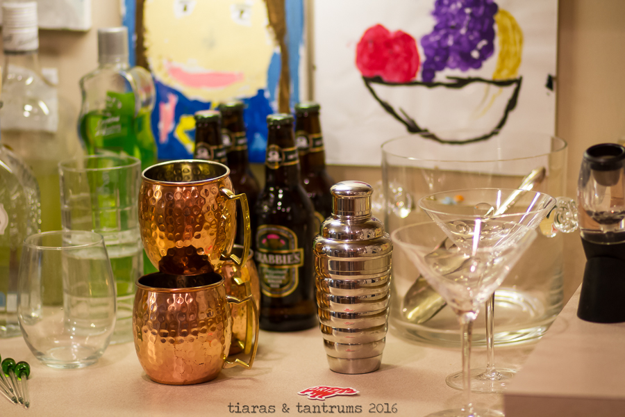 Holiday Bar Cart Ideas & Tips