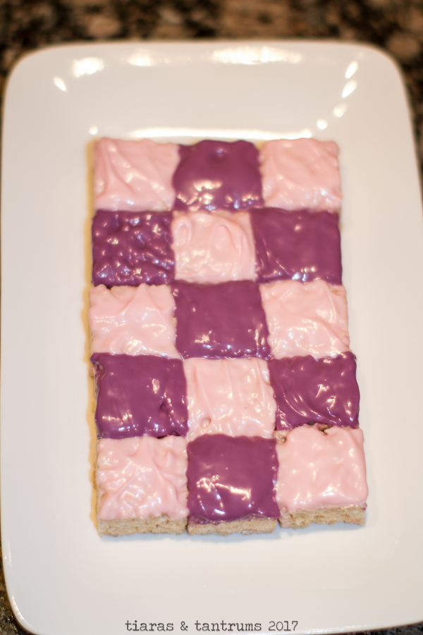 Mini Checkered Rice Krispie Treats