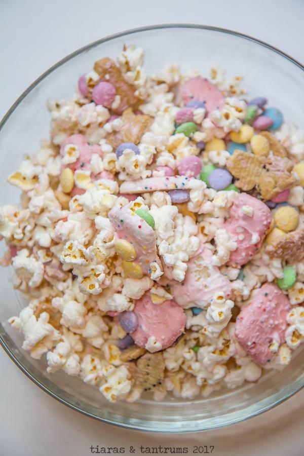 SING Popcorn Party Mix Popcorn and a Movie #NationalPopcornDay