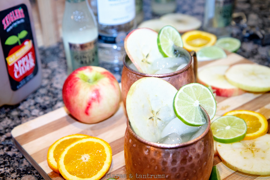 Apple Cider Moscow Mule Recipe #MoscowMule #AppleCider #Apples #Cocktails #Drinks