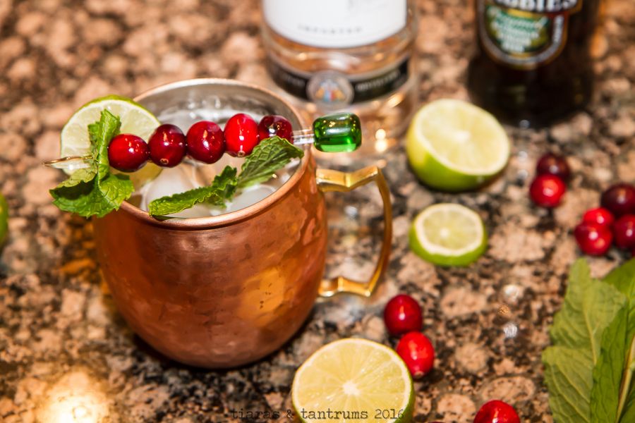 Cranberry Moscow Mule Recipe #MoscowMule #Cranberry #Drinks #Cocktails