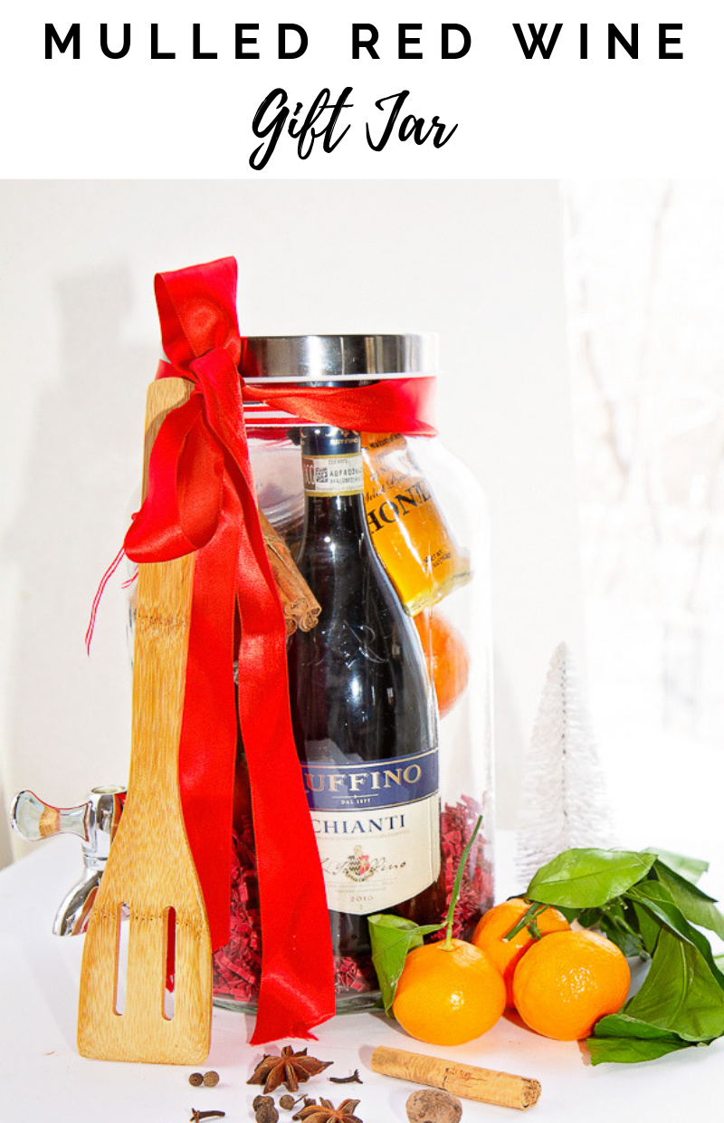 Mulled Red Wine Gift Jar Tiaras & Tantrums #MulledRedWineKit #MulledWine #ChristmasGIftIdea