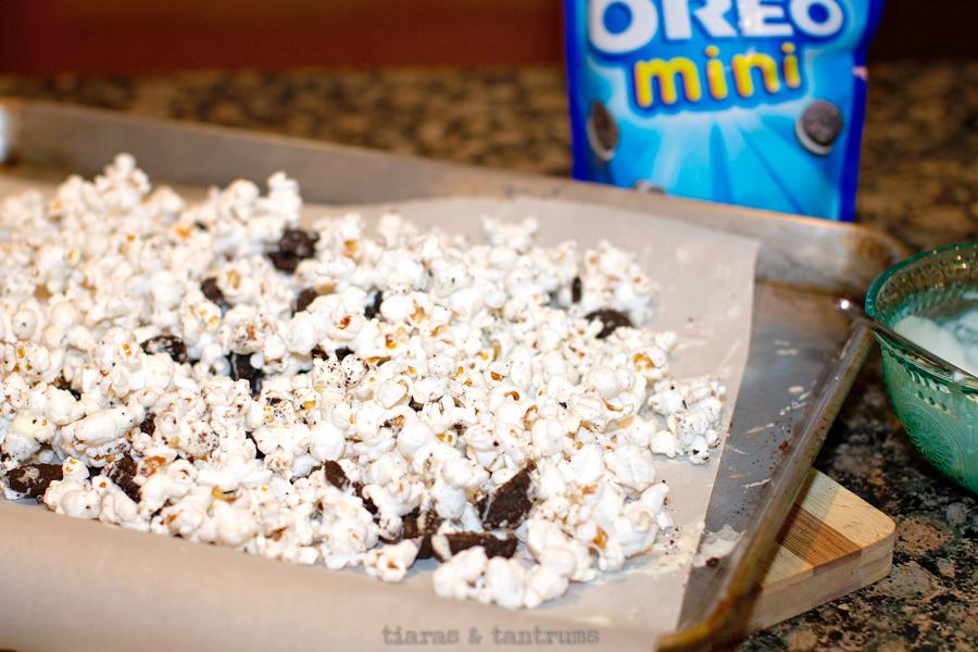 Cookies'NCream Popcorn #popcorn #cookiespopcorn #cookiesncreampopcorn