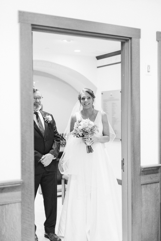 eisleyimages-irish-wedding-boston-seaport_0062.jpg