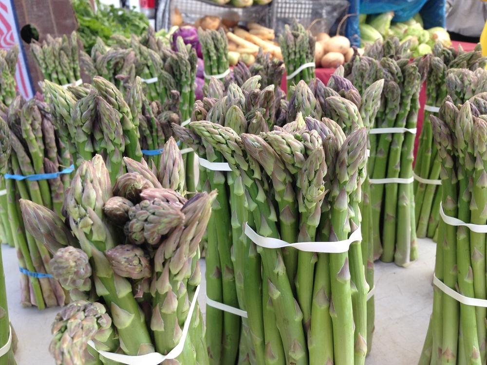 asparagus bunch.jpg