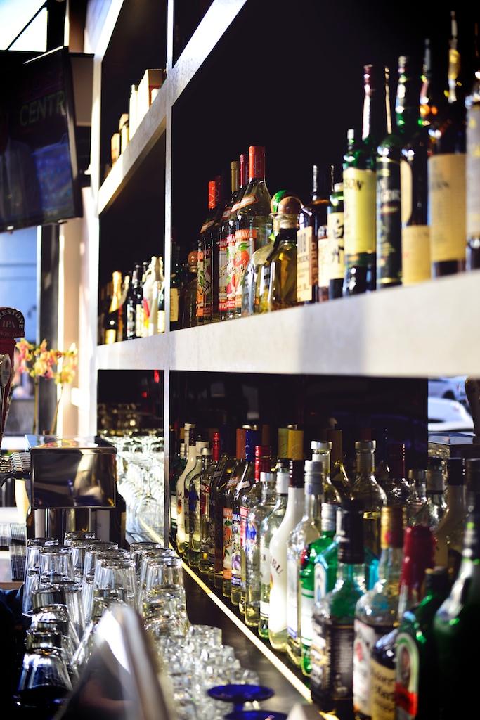 Full liquor bar and unique cocktails