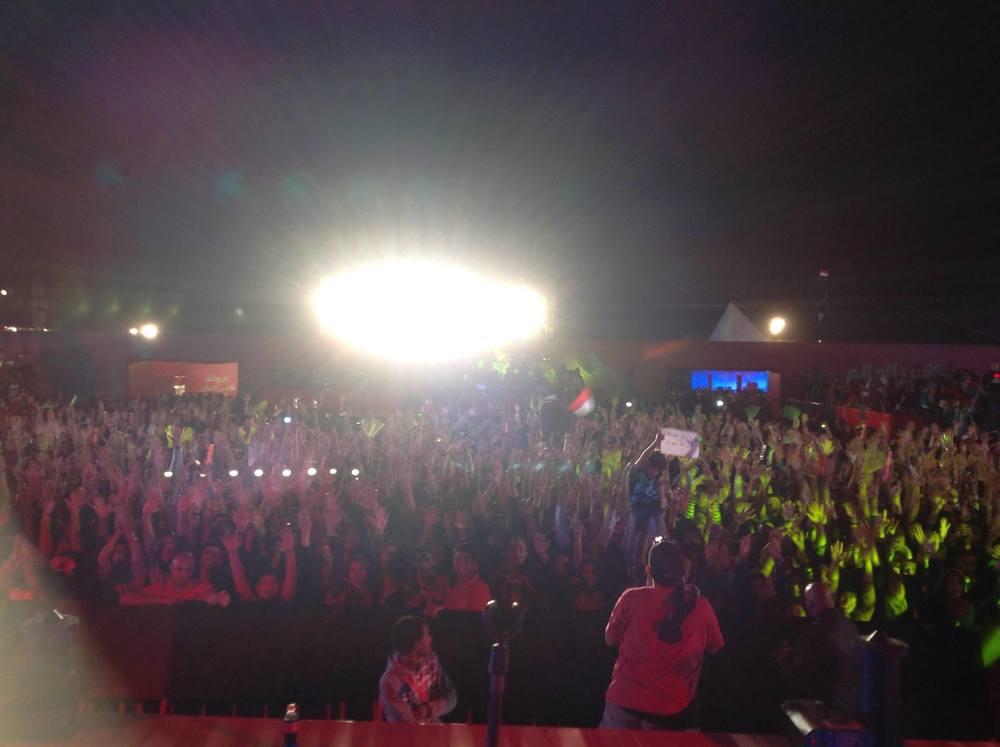 Crowd at Salalem's concert.