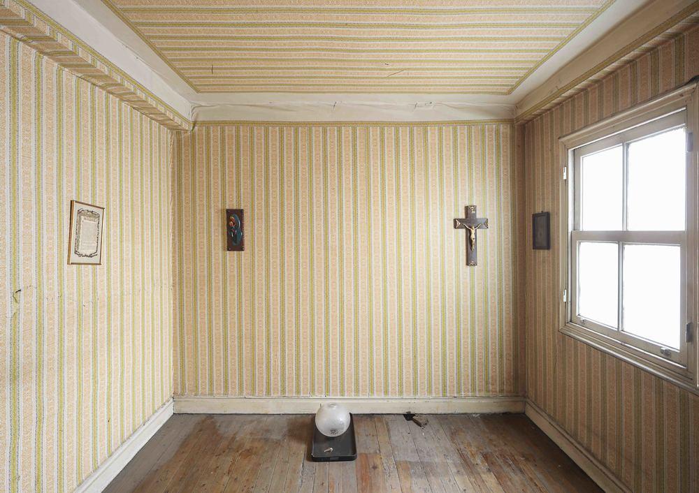 mystic room v2.jpg