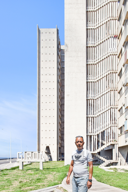 07_Edificio Giron #2, Havana, Cuba, 2013.jpg