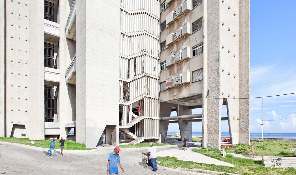 15_Edificio Giron #1, Havana, Cuba, 2013.jpg