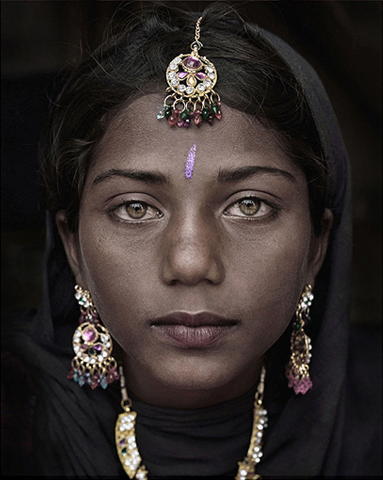 Suman, Portrait of a Gypsie Girl, India, 2014