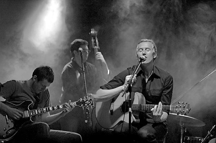 Gareth_Malone_The Vanguard_Band.jpg
