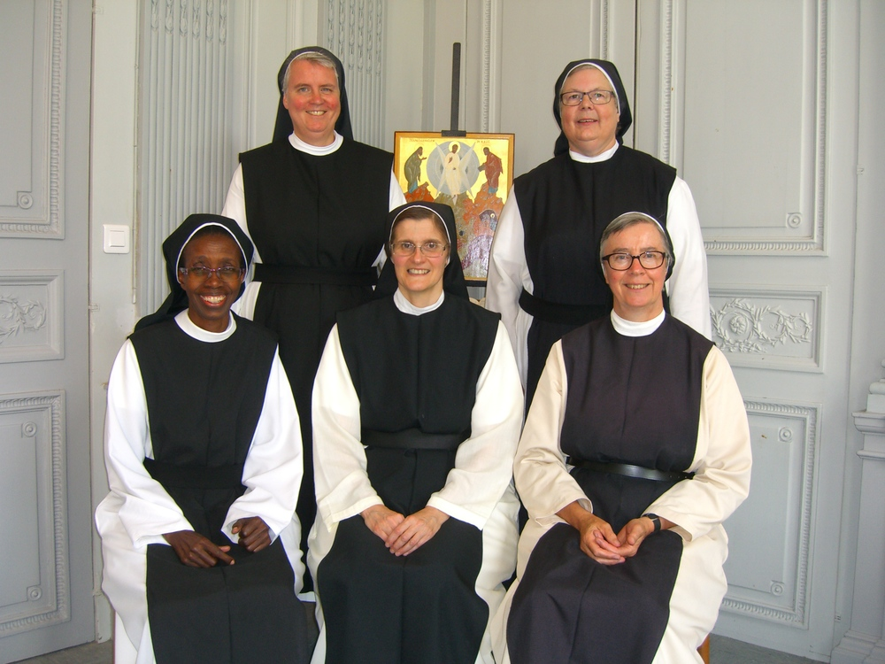 Back row Sr. Elizabeth Mary from Brownshill, England, Sr. Marie Nicole from La Plaine, France. Front row S. Marie Daphrose, Assistant General, Sr. Mary Helen, Prioress General, Sr. Christine, La Plaine.