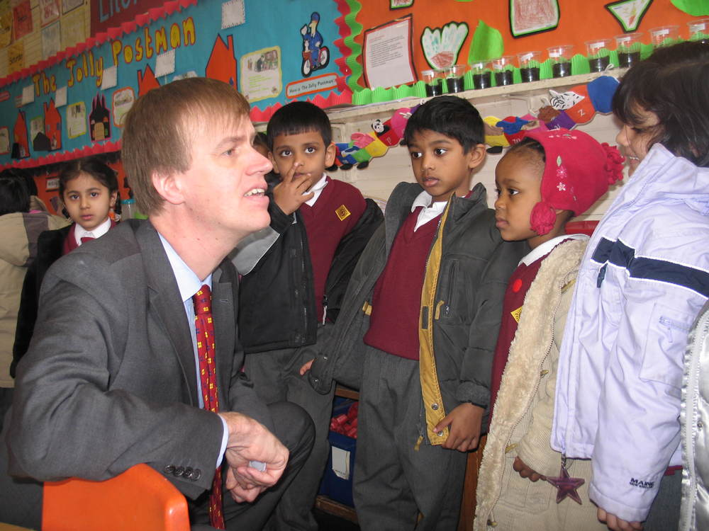Stephen with school pupils (2005)