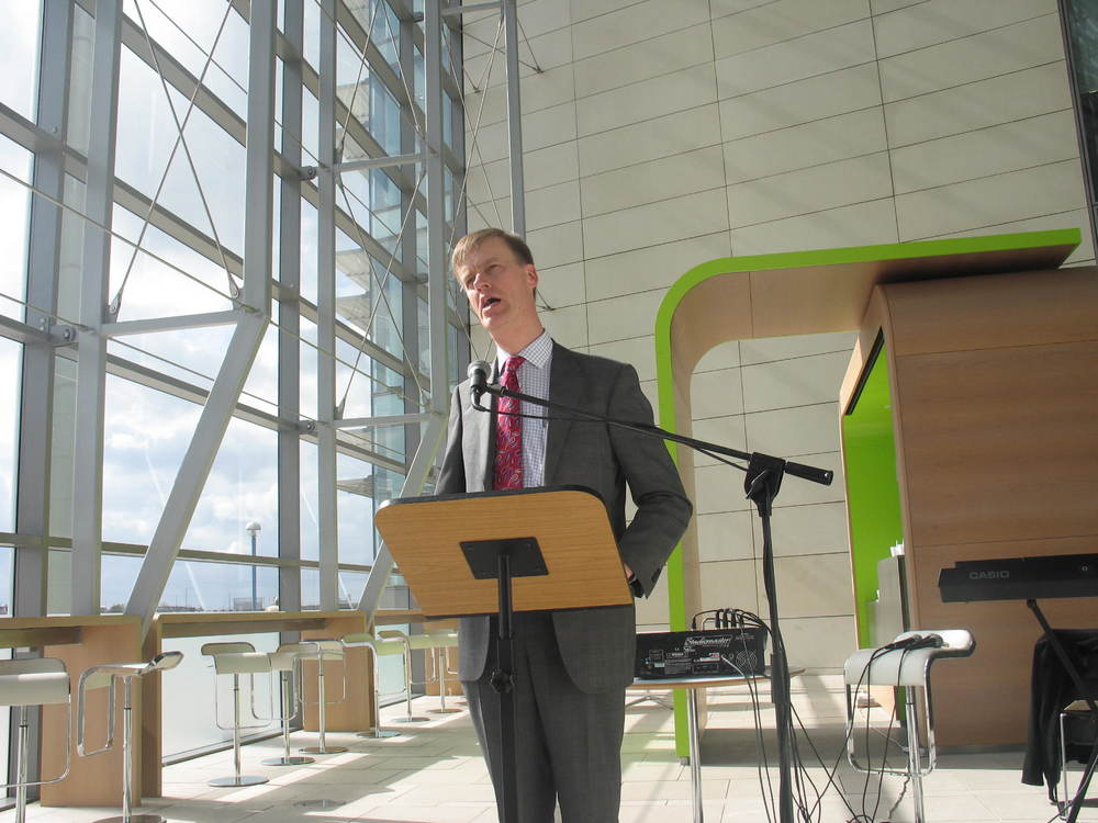 Stephen speaks at Newham Dockside Launch (2010)