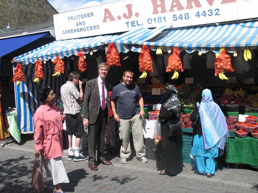 Stephen speak with local market traders about rent charges (2009)