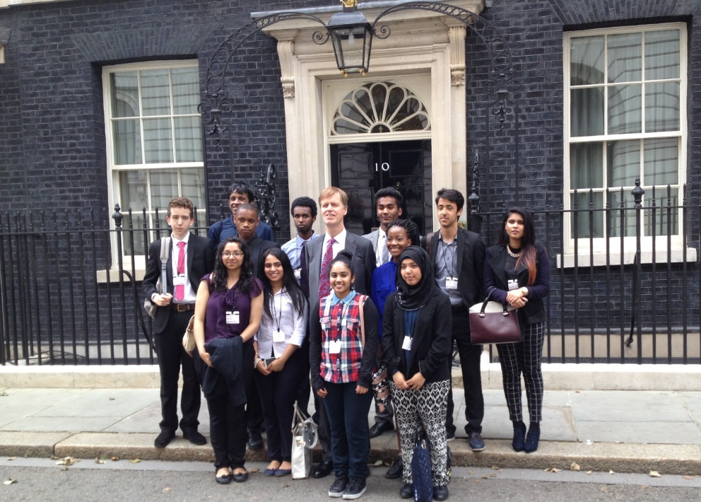 Stephen Timms with Summer School students outside 10 Downing Street