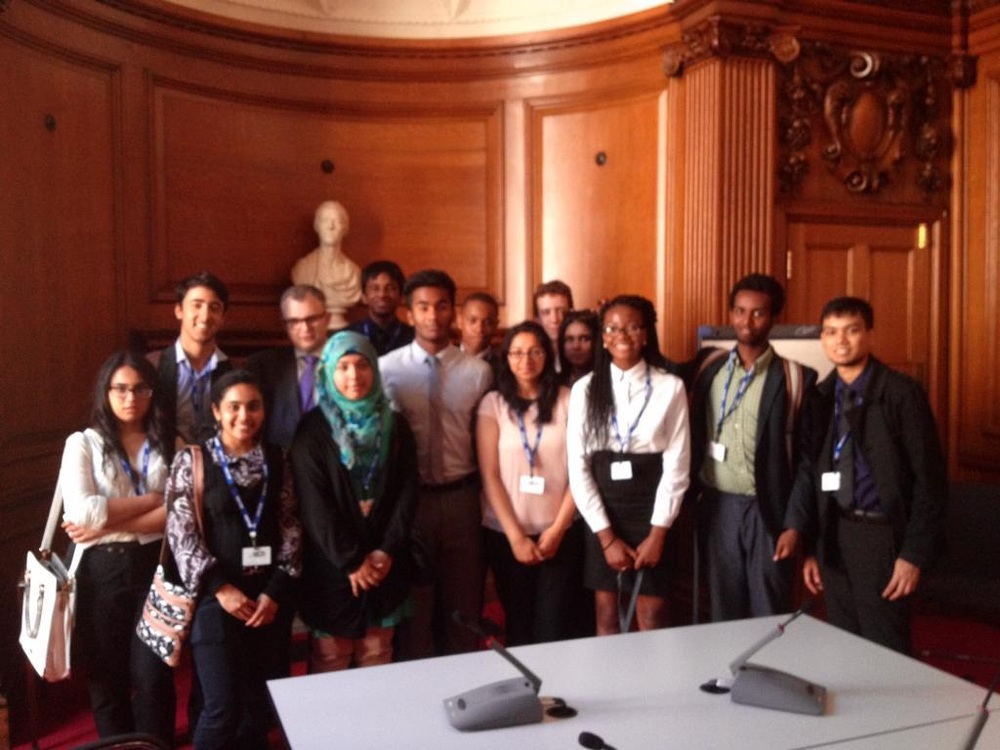 Students visit the Treasury