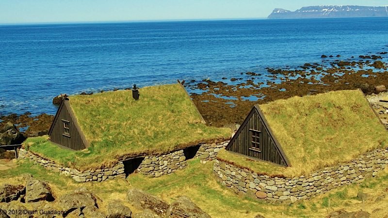 12Turf-Houses-iceland-photos.jpg