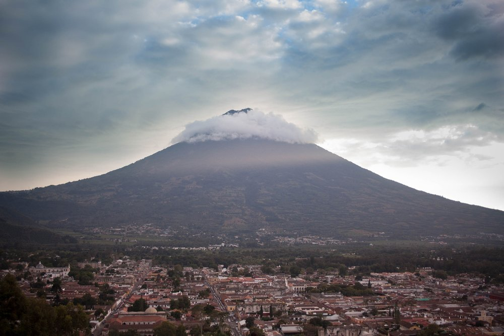 volcano-1824870_1920.jpg