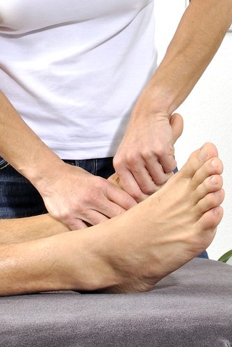 foot_90084895.jpg