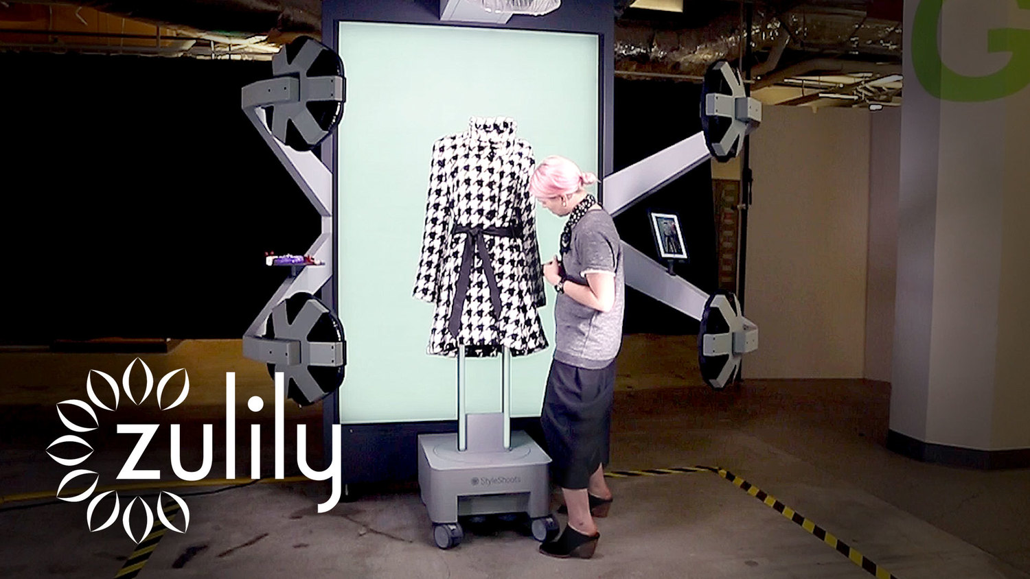 7ab2108030a How US e-tail giant zulily powered up their high scale photography process  even further to get thousands of products online a day - by using  StyleShoots ...