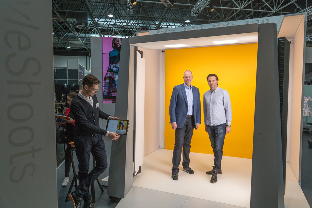 From left to right: Anders Jorgensen (Head of Product, StyleShoots), Maurits Teunissen (CEO, StyleShoots) and Marco Du Pré (CEO, Garcia Jeans) at EuroShop 2017