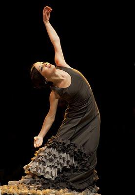 invitada junto a Enrique Morente en la Gala del 20 aniversario de la Unión de Actores realizada en el Teatro Albéniz.jpg