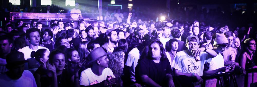 Mala crowd-2.jpg
