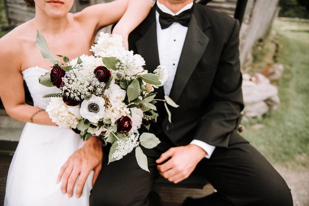 LUVLENS_WEDDING_EDSONHILLSTYLEDSHOOT-171.jpg