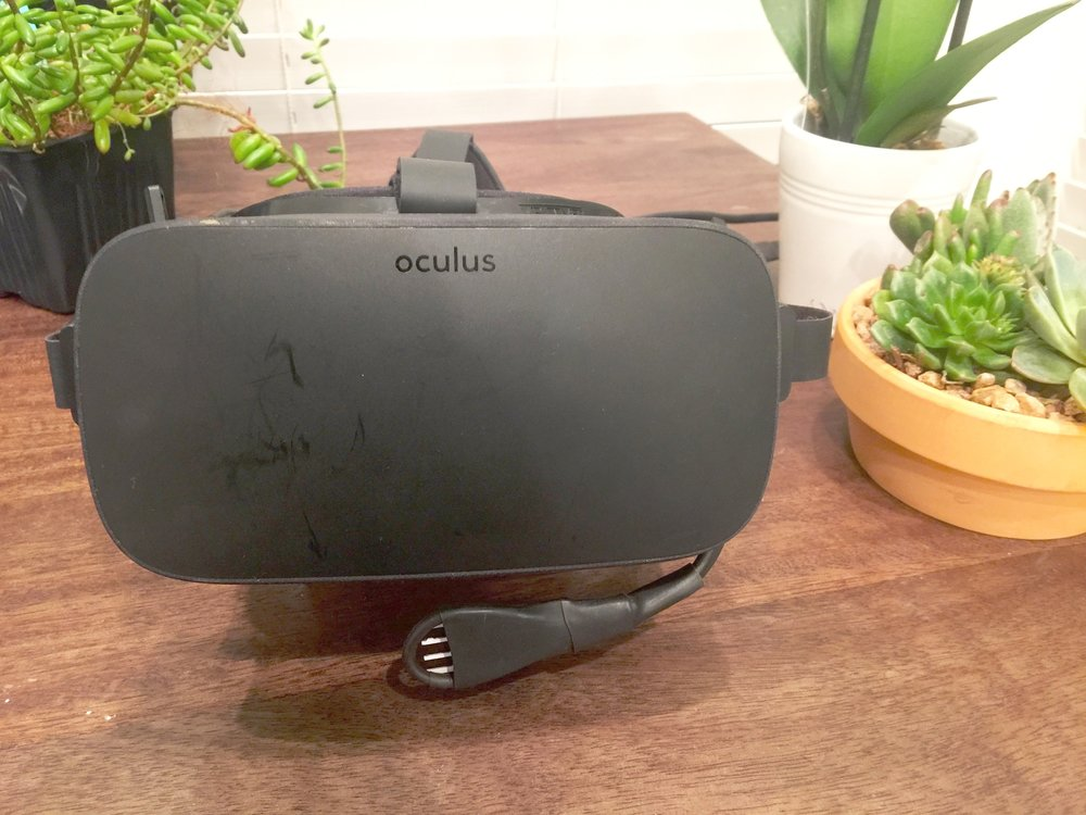 Breathing sensor mounted on Oculus Rift HMD